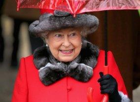 queen-royal-church-service