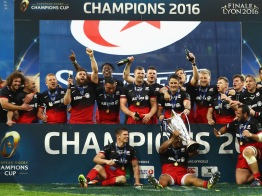 LYON, FRANCE - MAY 14: Saracens players celebrate after winning the European Rugby Champions Cup Final match between Racing 92 and Saracens at the Stade de Lyon on May 14, 2016 in Lyon, France. (Photo by Michael Steele/Getty Images)